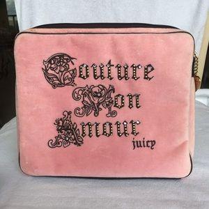 Juicy Couture Computer Pink Velvet Laptop Case